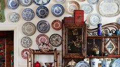Greg Irvine's extensive collection of Victorian plates.