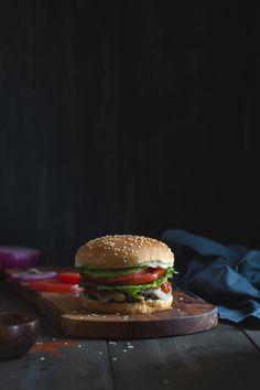 Easy Black Bean Burger that's a crowd favorite! Vegetarian Recipes Easy, Good Healthy Recipes, Clean Eating Recipes, Whole Food Recipes, Healthy Snacks, Black Bean Burgers, Sandwiches, Black Beans, Food To Make