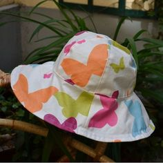 free pattern sewing rain hat cotton coated Source by anniehagnere Dyi Couture, Couture Fashion, Bob Bebe, Bob Chapeau, Diy Projects To Try, Sewing Projects, Sewing Online, Costumes Couture, Rain Hat