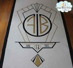 Great Gatsby wedding aisle runner - so glamorous #glamorousaislerunners, #greatgatsbyweddingrunners