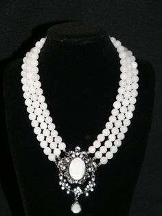 collar de jade