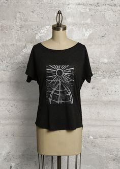 Boatneck Boyfriend Tee: In an easy, chic dolman cut, this boyfriend tee is your go-to top for an effortless, standout look. Wear it off the shoulder for a casual, stylish weekend look - Diddy wheldon Vida Design, E Mc2, Design Studios, Boyfriend Tee, Boat Neck, Marie, Tunic Tops, T Shirts For Women, Crop Tops