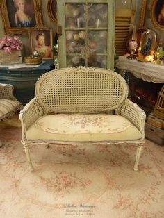 Marie-Antoinette medallion Miniature French sofa in wood, Caning imitation, Aubusson roses, Pale Green almond, Dollhouse furniture 1'' scale