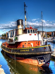 """Liverpool tug """"Canning"""" now in Swansea ."""