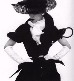 Irving Penn, Lisa Fonssagrives, Vogue 1950