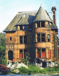 Abandoned Houses in Detroit. Its a shame that beautiful old houses like this cant be fixed up and turned into a B & B OR....given to a needy family. So much history and beauty involved in this.