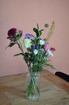 Dolomiti rose Glass Vase, Roses, Home Decor, Decoration Home, Pink, Room Decor, Rose, Home Interior Design, Home Decoration