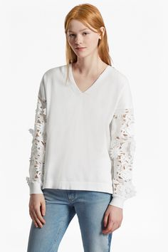 Manzoni 3D Floral Lace Sleeved Jumper  | Sale | French Connection Usa