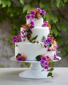 Beach Blooms | Martha Stewart Weddings