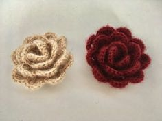 Crochet Rose Making / Knitting Rose Handmade / Crochet flower making - Y . Learn To Crochet, Easy Crochet, Knit Crochet, Beaded Flowers, Crochet Flowers, Knitting Projects, Crochet Projects, Crochet Designs, Crochet Patterns