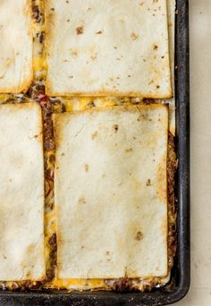 Quesadillas in the oven baked (Sheet Pan Quesadill Baked Quesadilla, Quesadilla Recipes, Quiche Recipes, Homemade Salsa, Homemade Taco Seasoning, Mexican Dishes, Mexican Food Recipes, Spanish Dishes, Ground Beef Quesadillas