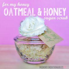 DIY Sugar scrub, Oatmeal & Honey, Oatmeal and honey Sugar Scrub, DIY Sugar Scrub Recipe #sugarscrub #recipe #diy