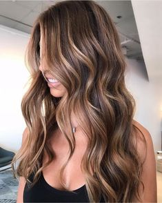 68 Sexy Long Layered Hair Ideas Trending in 2019 These trendy Hair Styles ideas would gain you amazing compliments. Check out our gallery for more ideas these are trendy this year. Dark Brown Hair With Blonde Highlights, Brown Hair Balayage, Long Brown Hair, Balayage Brunette, Hair Color Highlights, Long Layered Hair, Light Brown Hair, Hair Color Balayage, Brunette Highlights Lowlights