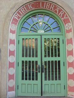Sante Fe Public Library