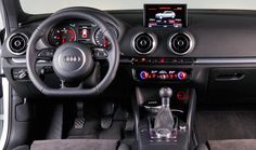 Audi A3 1.6 TDI 110 CV Ultra Attraction, interior