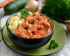 Kurczak po florencku Thai Red Curry, Cantaloupe, Potato Salad, Salsa, Food And Drink, Potatoes, Mexican, Fruit, Ethnic Recipes