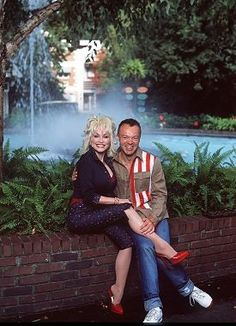 Dolly Parton Best Country Music, Country Music Stars, Country Music Singers, Dolly Parton Husband, Male Celebrities, Celebs, Tennessee, Musica Country, Women In Music
