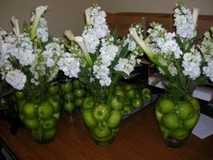 Except RED apples!!!!!  Centerpieces with Apples :  wedding centerpieces diy apples Apples With Flowers At The Top