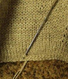 Crochet Patterns This is a great way to stabilize an edge that is not ripped. - Knitting Bordado Modèles de crochet C'est un excellent moyen de stabiliser un bord qui n'est pas déchiré. Sweater Knitting Patterns, Knitting Stitches, Crochet Patterns, Knitting Sweaters, Crochet Edgings, Stitch Patterns, Knitting Looms, Blanket Patterns, Loom Patterns