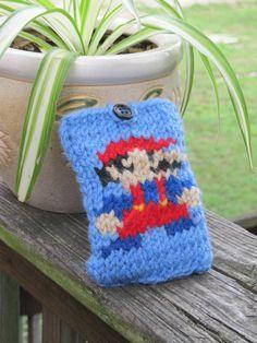 cbb511e7cec Amazon.com  Nintendo Super Mario Bros. Goomba Peruvian Laplander Knit Cap   Clothing