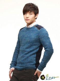 "Kang Ha Neul as Jung Sun Woo in ""Monstar"" series Asian Actors, Korean Actors, Drama Korea, Korean Drama, Scarlet Heart Ryeo, Kang Haneul, Sung Joon, Senior Boy Photography, Lee Hyun"