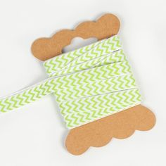 Ruban à chevrons vert anis pour nouer vos contenants, agrémenter vos serviettes ou vos verres