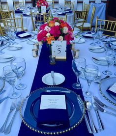Cobalt blue wedding theme great fo royal blue paired with gold accents creates a regal impression add a pop of color wedding table decorationswedding junglespirit Gallery