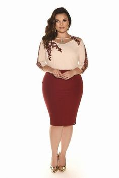 Great plus size fashion is hard to discover and I want to help you find it. Beautiful Plus size fashion is what we all deserve. Plus Size Dresses, Sexy Dresses, Plus Size Outfits, Evening Dresses, Fashion Dresses, Curvy Girl Fashion, Plus Size Fashion, Looks Plus Size, Moda Plus Size