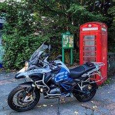 Our friends at Riding Time are on a mission to track down as many quintessentially British red phone boxes as possible - at one point there were 70,000 across the UK!  Next time you pass one, grab a photo with your bike and share it with them using the #redphoneboxride hashtag or by tagging @redphoneboxride on Instagram. 📷 Bmw E36, Trekking, Bike, Red, Motorcycles, Track, British, Phone, Friends