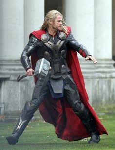 Chris Hemsworth - Thor 2 - New suit
