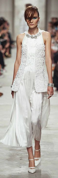 Chanel Resort 2013-14. This is stunning. I would wear this as a wedding dress.