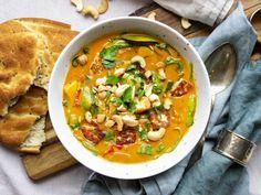 Easy Healthy Recipes, Veggie Recipes, Indian Food Recipes, Vegetarian Recipes, Ethnic Recipes, Veggie Dinner, Halloumi, Vegan Dinners, I Love Food