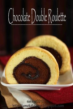 Umek di Dapur: CHOCOLATE DOUBLE ROULETTE Cake Roll Recipes, Pastry Recipes, Cheesecake Recipes, Crazy Cookies, Yummy Cookies, Yummy Snacks, Snack Recipes, Dessert Recipes, Bolu Cake