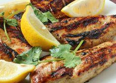 Greek Style Chicken, Greek Grilled Chicken, Yogurt Chicken, Grilled Chicken Recipes, Best Chicken Recipes, Garlic Chicken, Boneless Chicken, Garlic Salt, Chicken Zucchini