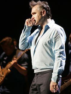 Morrissey  ― via Santuário dos Smiths Blog.