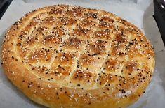 Ramazan Pidesi Nasıl Yapılır? İşte Tarifi | Kıyafet Kombinleri Turkish Recipes, Ethnic Recipes, Garlic Bread, Nutella, Bread Recipes, Pie, Desserts, Food, Dessert