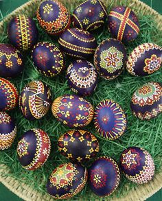 goose feather painted German Easter eggs...remarkable...
