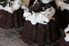 Mix and Match Mama's Oreo Bundt Cake #78