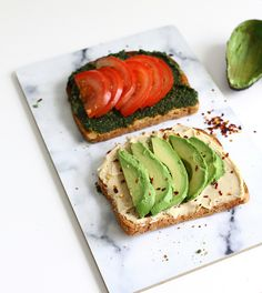 4 layer sandwich: hummus, avocado, tomato & pesto