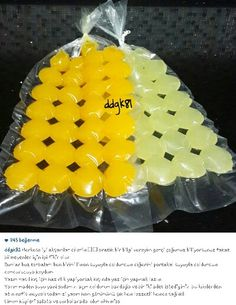 Alintidir, portakal ve limon suyu.sodanin icine at Delicious Fruit, Yummy Food, Jelly Recipes, Vegetable Drinks, Turkish Recipes, Homemade Beauty Products, Snacks, Winter Food, Cooking Tips