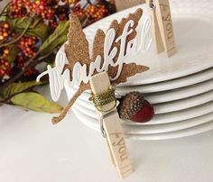 Place Card Holder by Danielle Flanders for Papertrey Ink (August 2014)