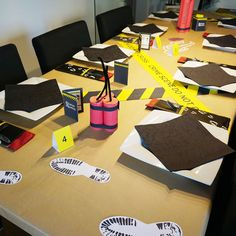 Diy detective party decoration for mystery dinner or escape room parties Escape Room, Mystery Dinner Party, Diy Crafts For School, Diy Crafts For Teen Girls, 13th Birthday Parties, Birthday Party Decorations, Detective Party, Diy Crafts For Boyfriend, Party Set