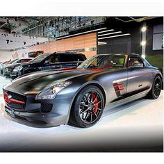 Cool Mercedes-Benz SLS AMG