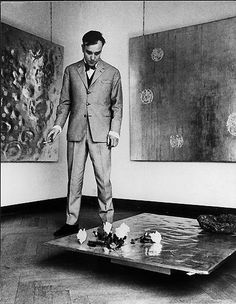 Retrospective exhibition Yves Klein: Monochrome und Feuer [Yves Klein: Monochrome and Fire] at Museum Haus Lange in Krefeld, Germany, January 14–February 26, 1961. © 2010 Artists Rights Society (ARS), New York/ADAGP, Paris. Photo by and © Charles Wilp. Courtesy Yves Klein Archives