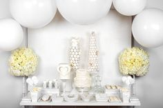 All white Sweet Table #petiteandsweet #Allwhite #ValentinesDay #weddings #events