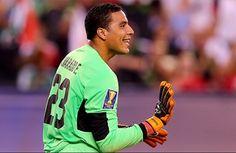 Trabzonspor'un sezon başında Hollanda'nın AZ Alkmaar takımından kadrosuna kattığı 26 yaşındaki Kosta Rikalı file bekçisi Esteban Alvarado'nun da sözleşmesini feshedeceği iddia ediliyor.