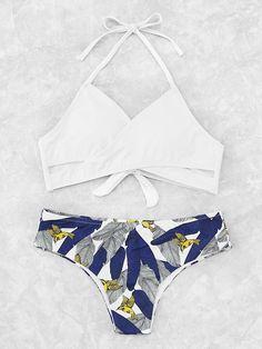 ¡Cómpralo ya!. Palm Print Wrap Tie Back Bikini Set. White Bikinis Sexy Vacation Halter Top Polyester YES Print Swimwear. , bikini, bikini, biquini, conjuntosdebikinis, twopiece, bikini, bikini, bikini, bikini, bikinis. Bikini de mujer de SheIn.