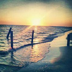 Ft. Meyers beach FL.. 21 & lovin it..:)