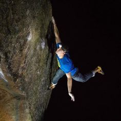 www.boulderingonline.pl Rock climbing and bouldering pictures and news pitchclimbing: Night