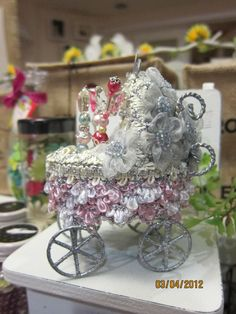 .victorian style baby carriage